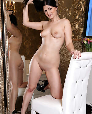 Nubiles - Teasing Pussy In Mirror featuring Alice Nice. (Photos)
